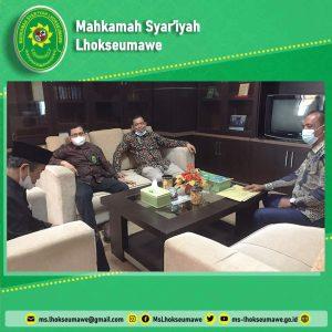 Ketua MS Lhokseumawe silaturahmi dan konsultasi dengan pimpinan MS Aceh.